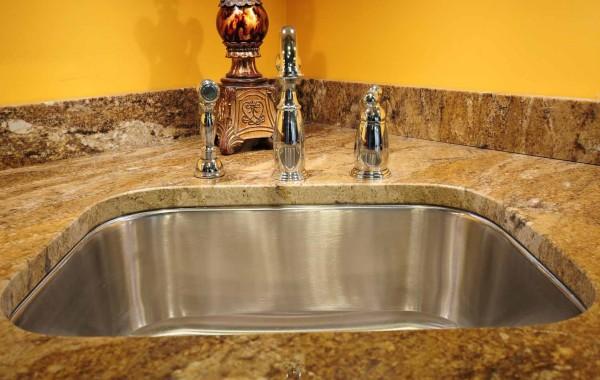 Vanity Top & Corner Sink